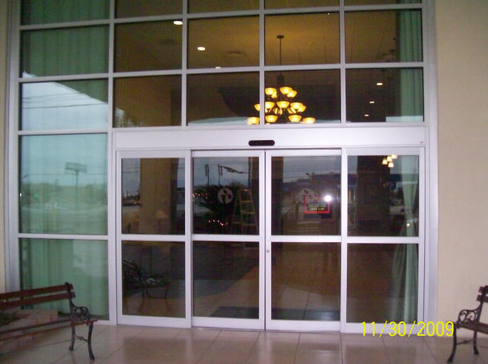 Store fronts del rio texas central glass and mirror